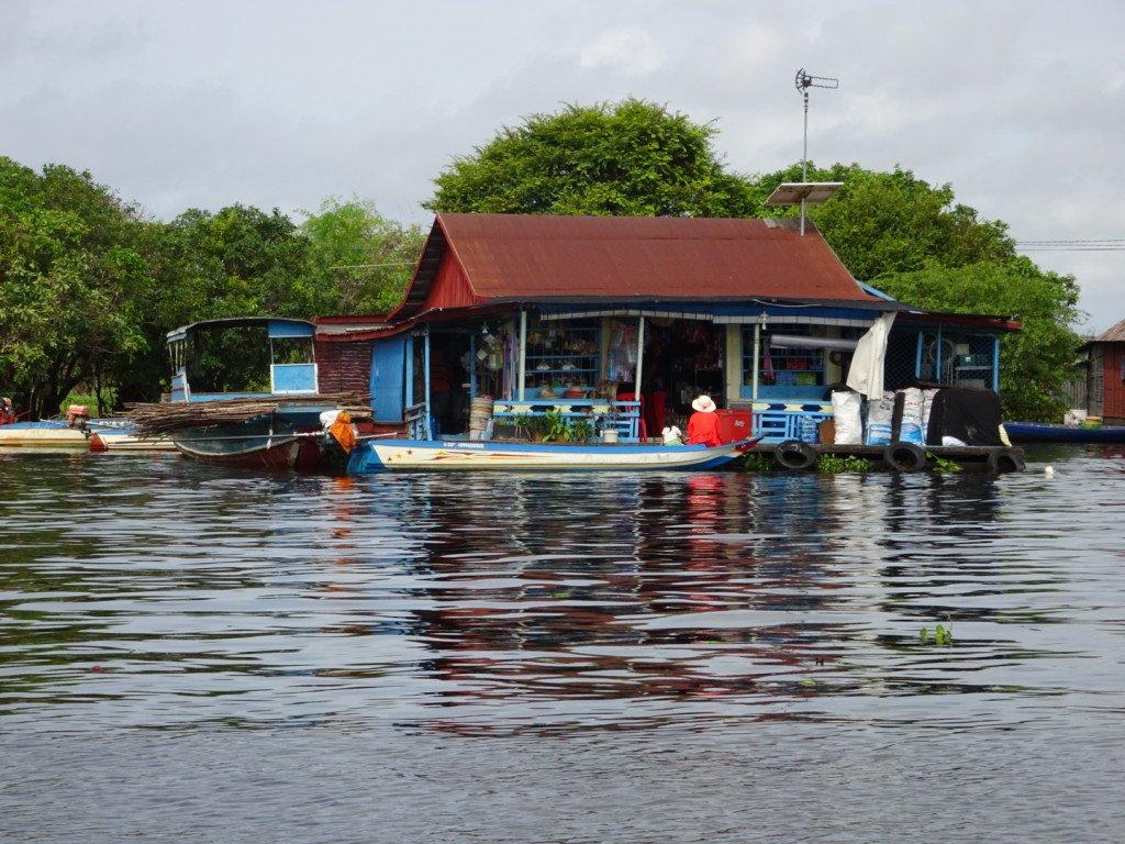 Une épicerie flottante